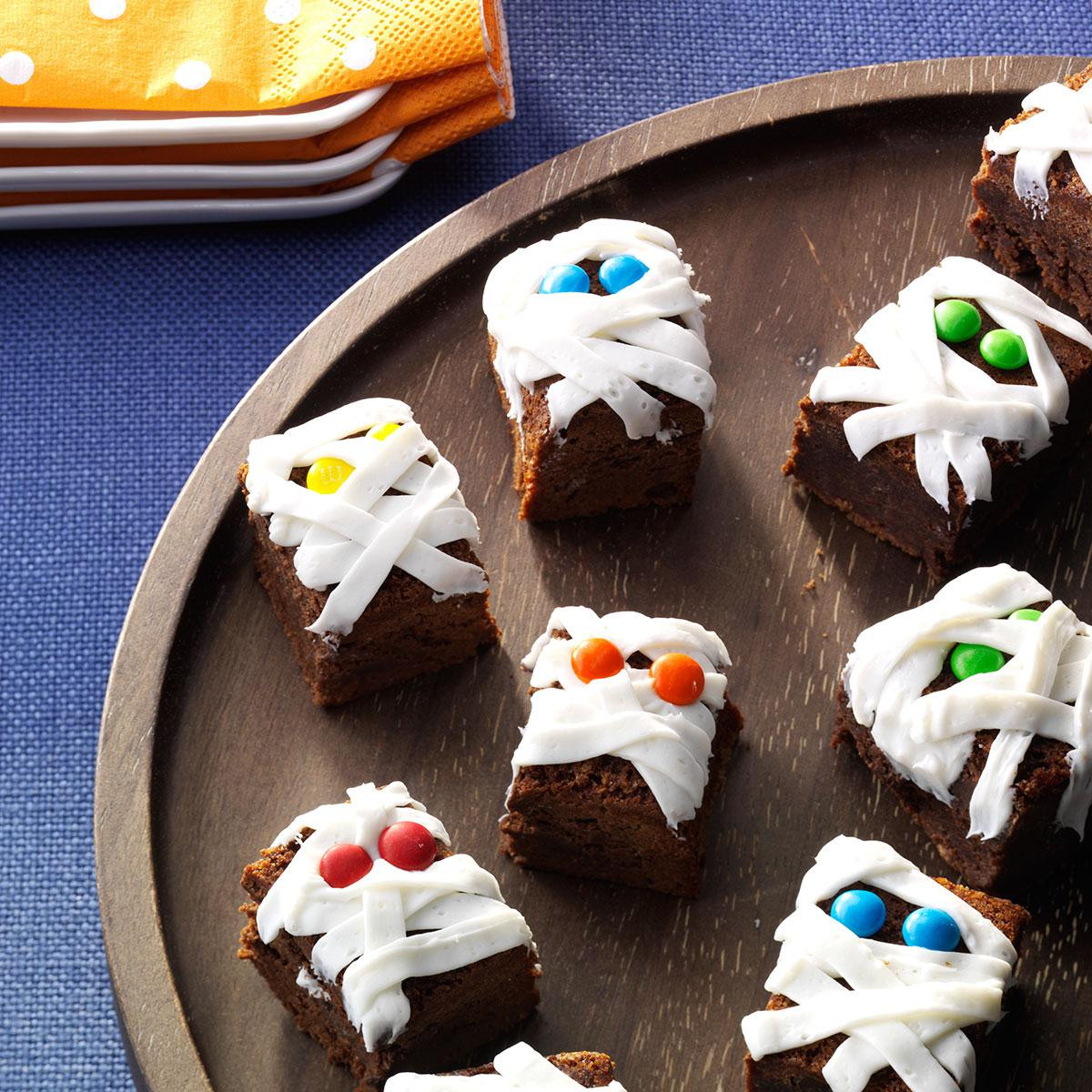 Halloween Brownies Recipes  Mummy Brownies Recipe