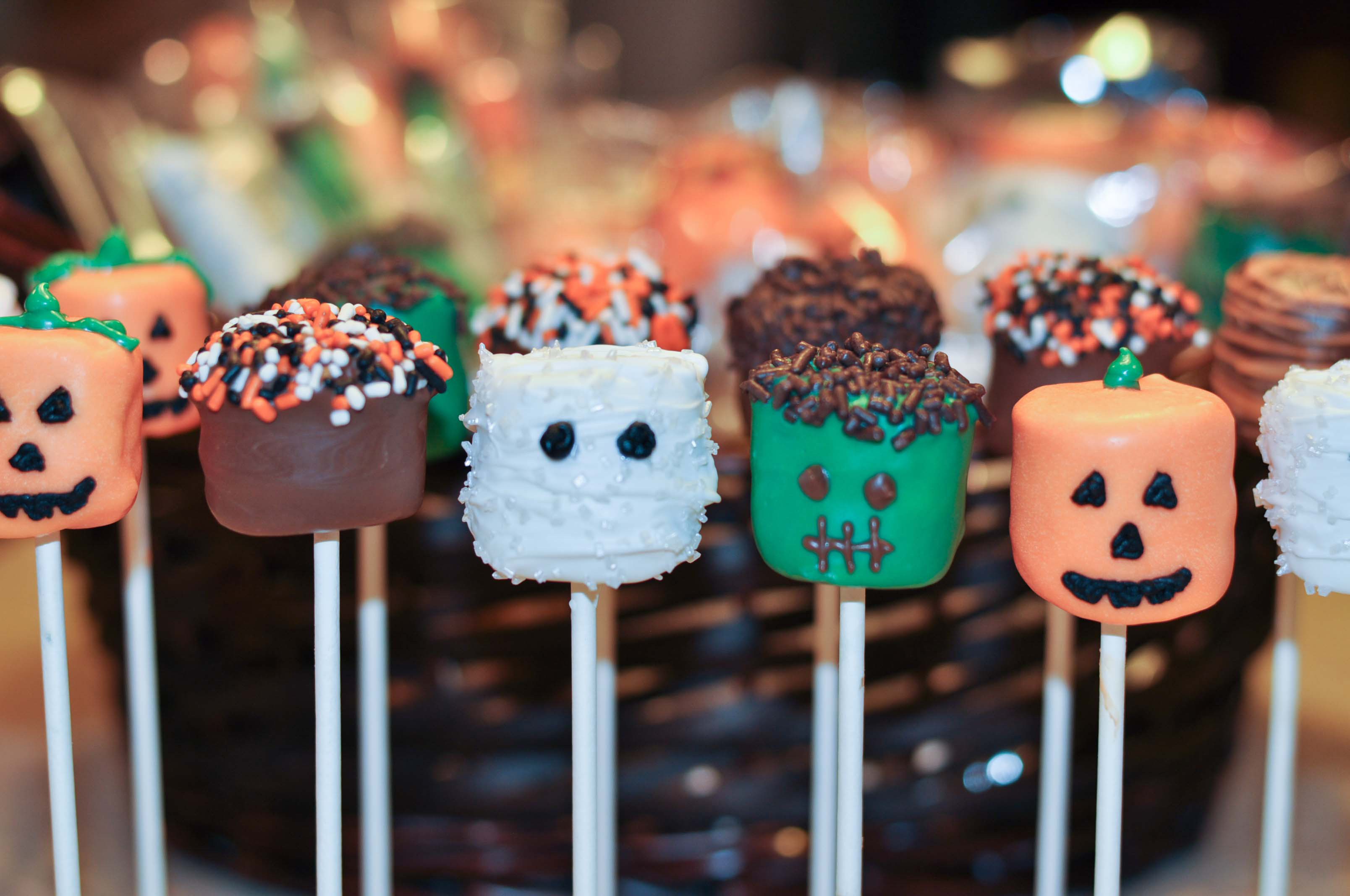 Halloween Cake Pops Recipe  10 Halloween Recipes Mommy s Fabulous Finds