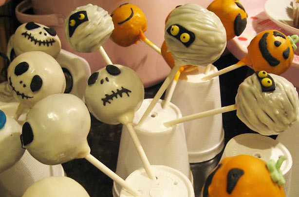 Halloween Cake Pops Recipe  Vicki s Halloween cake pops recipe goodtoknow