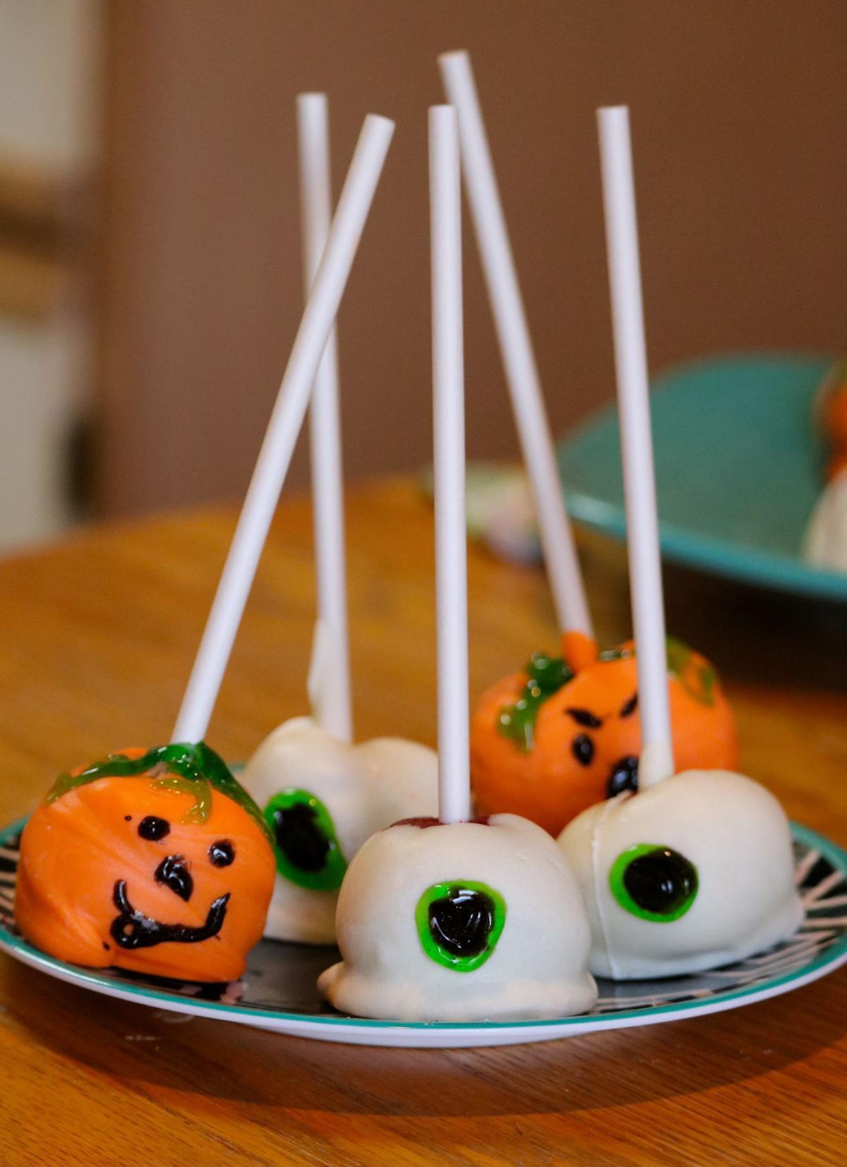Halloween Cake Pops Recipe  Recipe Halloween Cake Pops Friday