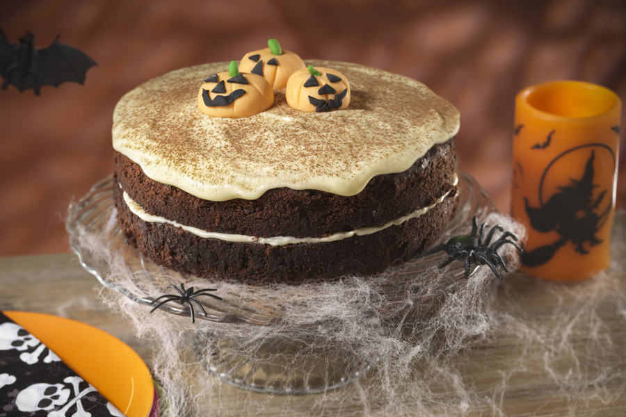 Halloween Cake Recipes  10 Halloween sweet recipes 9