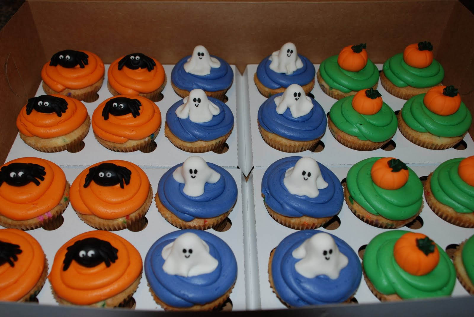 Halloween Cakes And Cupcakes  Halloween Cakes – Decoration Ideas