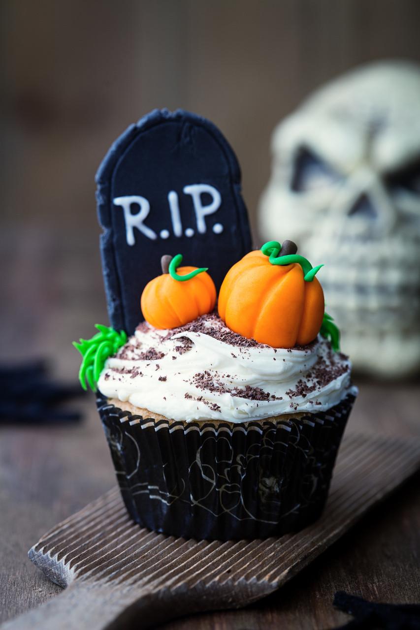 Halloween Cakes And Cupcakes  Halloween Cupcake Ideas