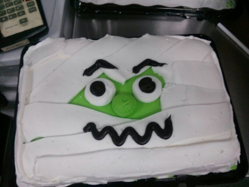 Halloween Cakes At Walmart  1 4 sheet halloween cake Cakes by sandi