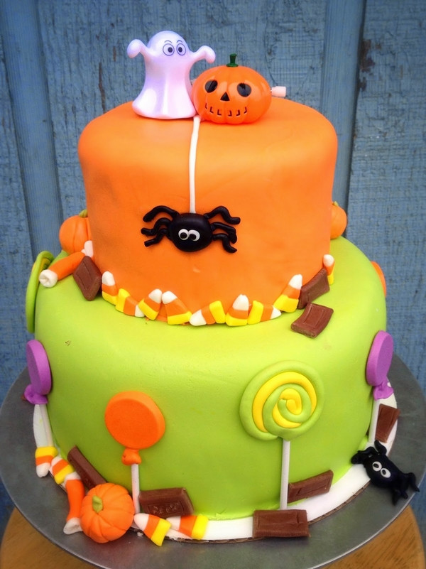 Halloween Cakes For Kids  Non scary Halloween cake decorations – fun cakes for kids