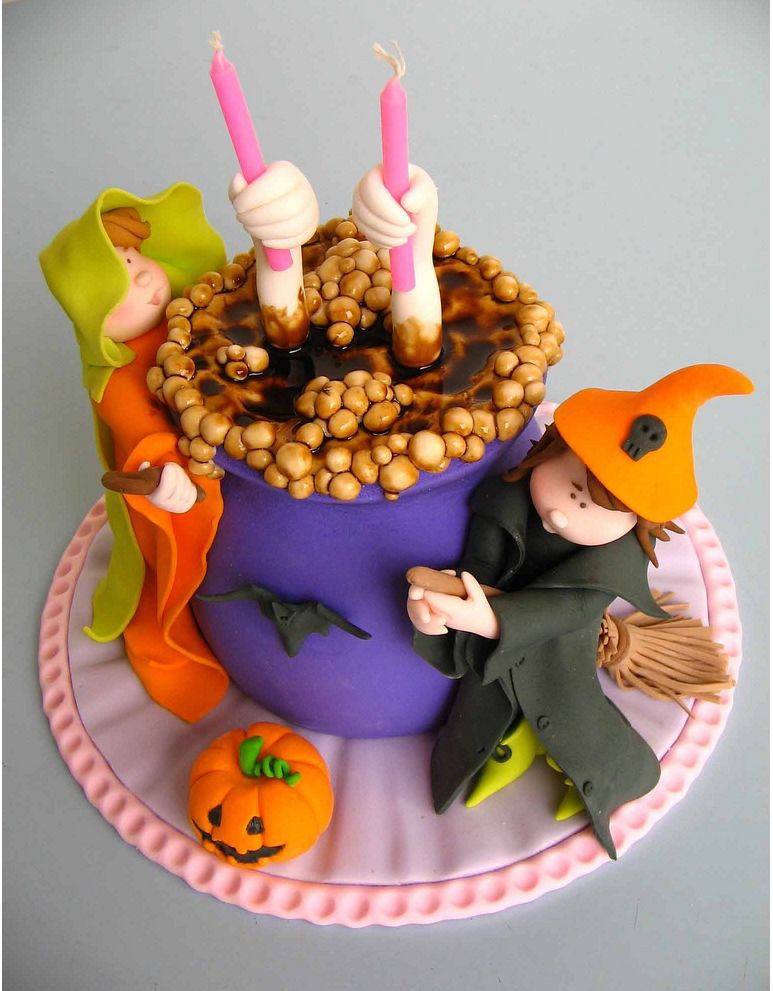 Halloween Cakes Images  Birthday and Party Cakes Halloween Cake Decorating 2010
