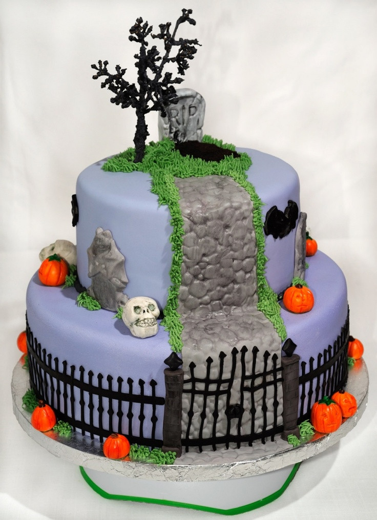 Halloween Cakes Pictures  17 best images about Nightmare Before Christmas on Pinterest