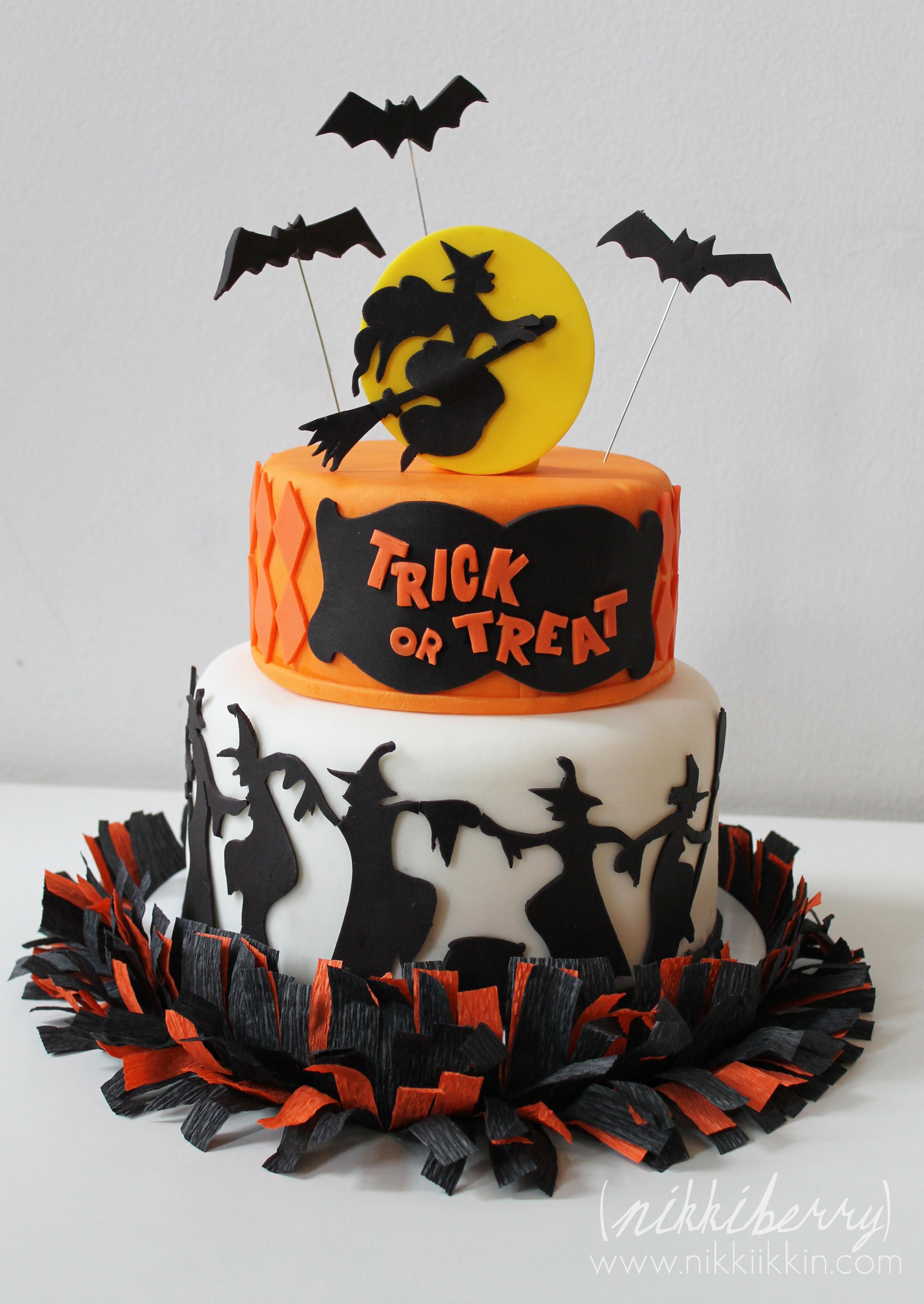 Halloween Cakes Pictures  Fondant Halloween on Pinterest