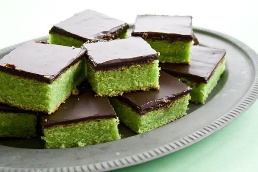 Halloween Cakes Recipes  Halloween poison cake recipe • CakeJournal