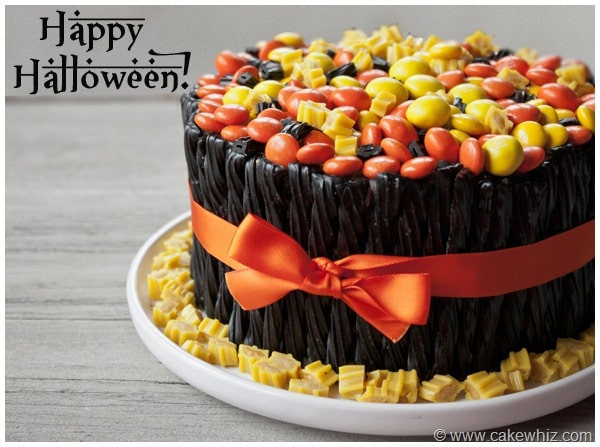Halloween Candy Cakes  Halloween Candy Cake