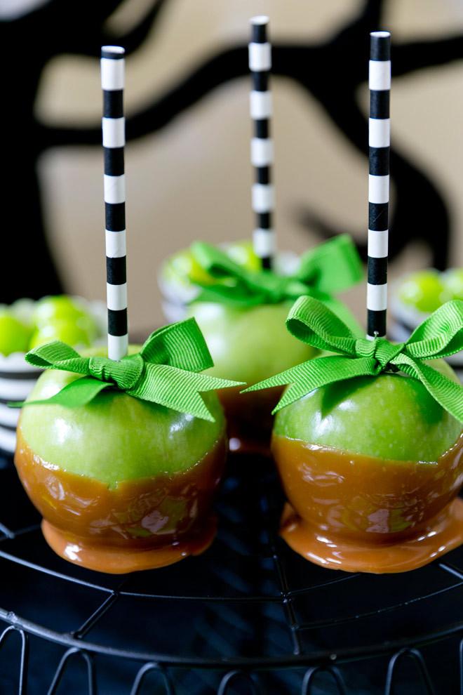 Halloween Caramel Apples Ideas  Green & Black Skeleton Halloween Party