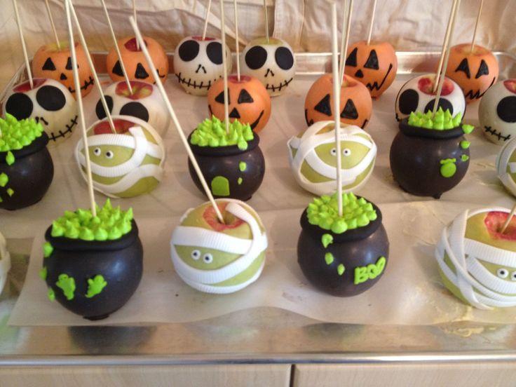 Halloween Caramel Apples Ideas  Best 25 Halloween candy apples ideas on Pinterest