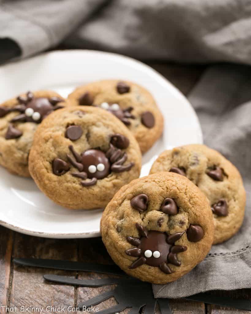 Halloween Chocolate Chip Cookies  Halloween Spider Chocolate Chip Cookies That Skinny