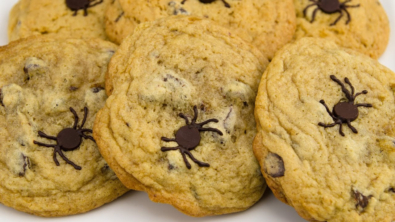 Halloween Chocolate Chip Cookies  Spider Chocolate Chip Cookies Halloween Chocolate Chip