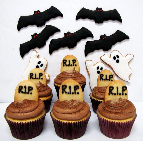 Halloween Cookies And Cupcakes  PETIT FOUR Halloween Cookies and Cupcakes