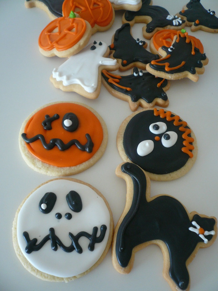 Halloween Cookies Decorations  17 Best images about Cookies Decorate Tips on Pinterest