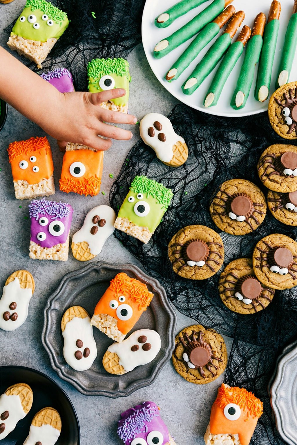 Halloween Cookies For Kids  3 Ingre nt Halloween Treats for Kids – Milk and Eggs
