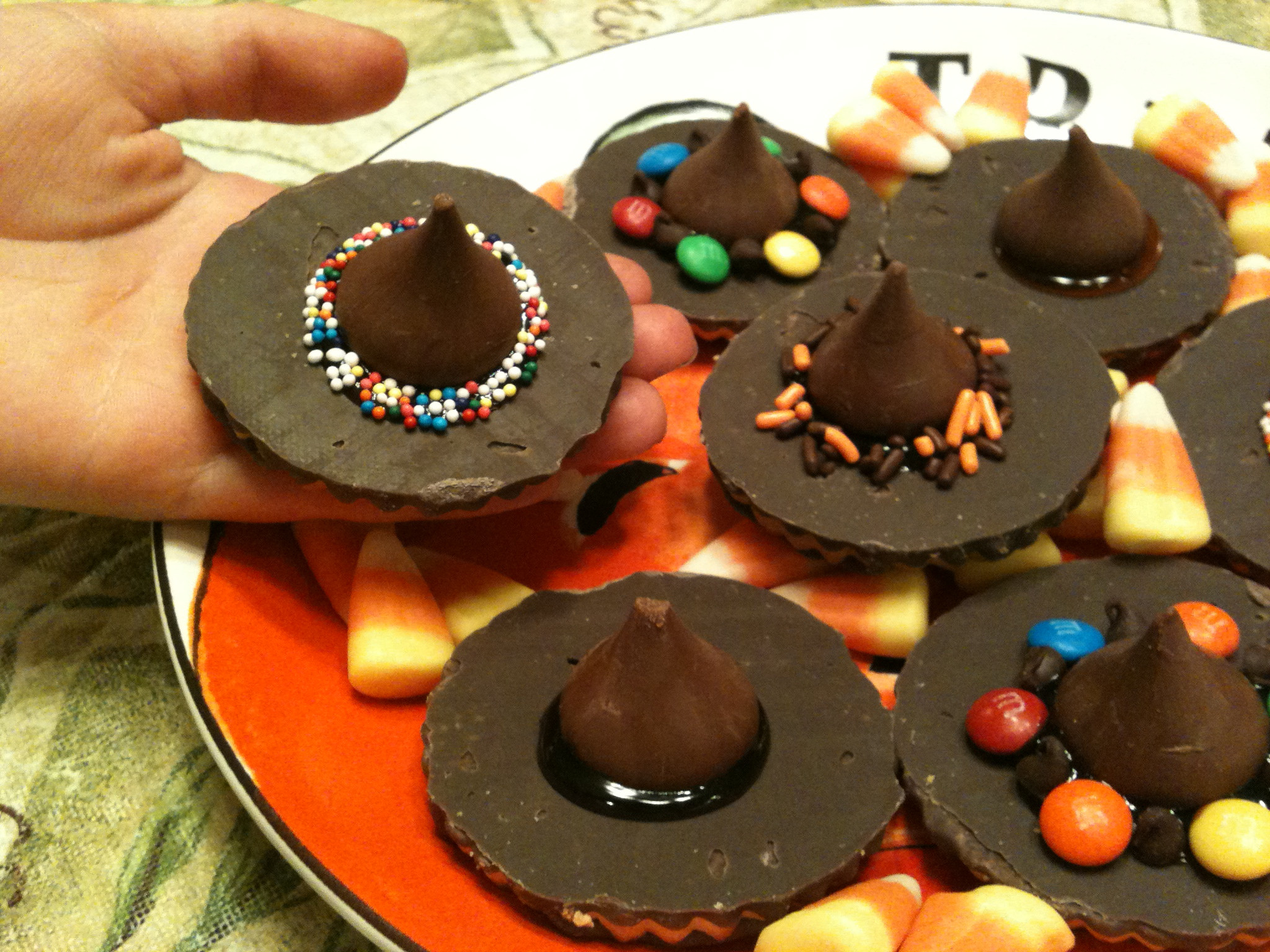 Halloween Cookies Recipes Easy  Last Minute No Bake Halloween Treats Juggling with Julia