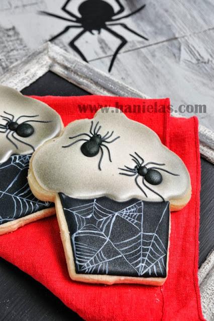 Halloween Cookies Royal Icing  Haniela s Halloween Spider Cupcake Cookies Royal Icing