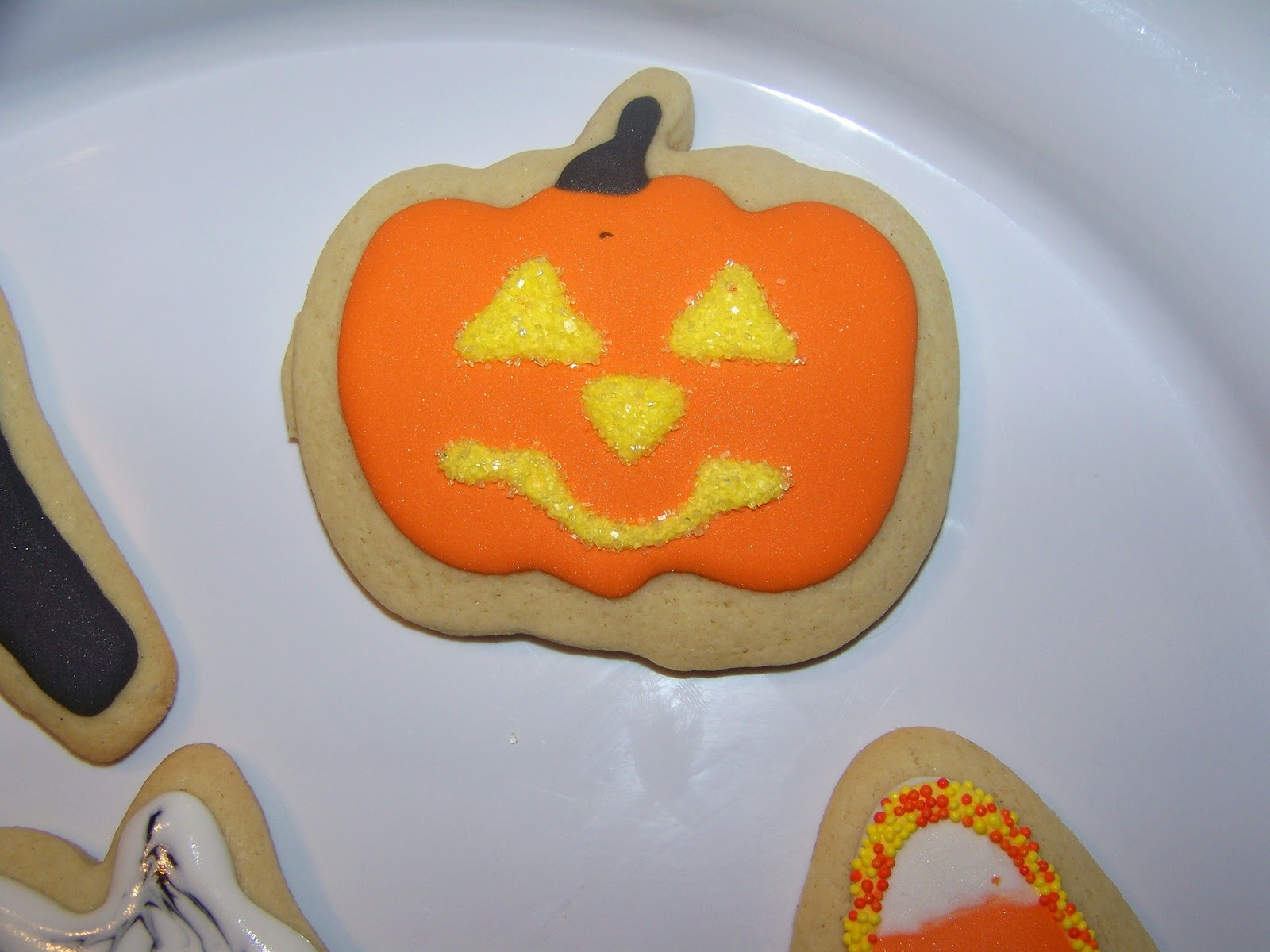 Halloween Cookies Royal Icing  Little Piles Everywhere Halloween Cookies with Royal Icing