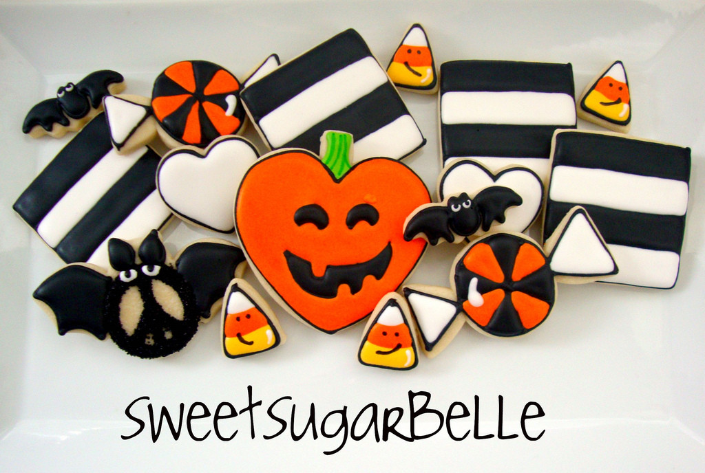 Halloween Cookies Royal Icing  Decorating Sugar Cookies From Start to Finish Part 2