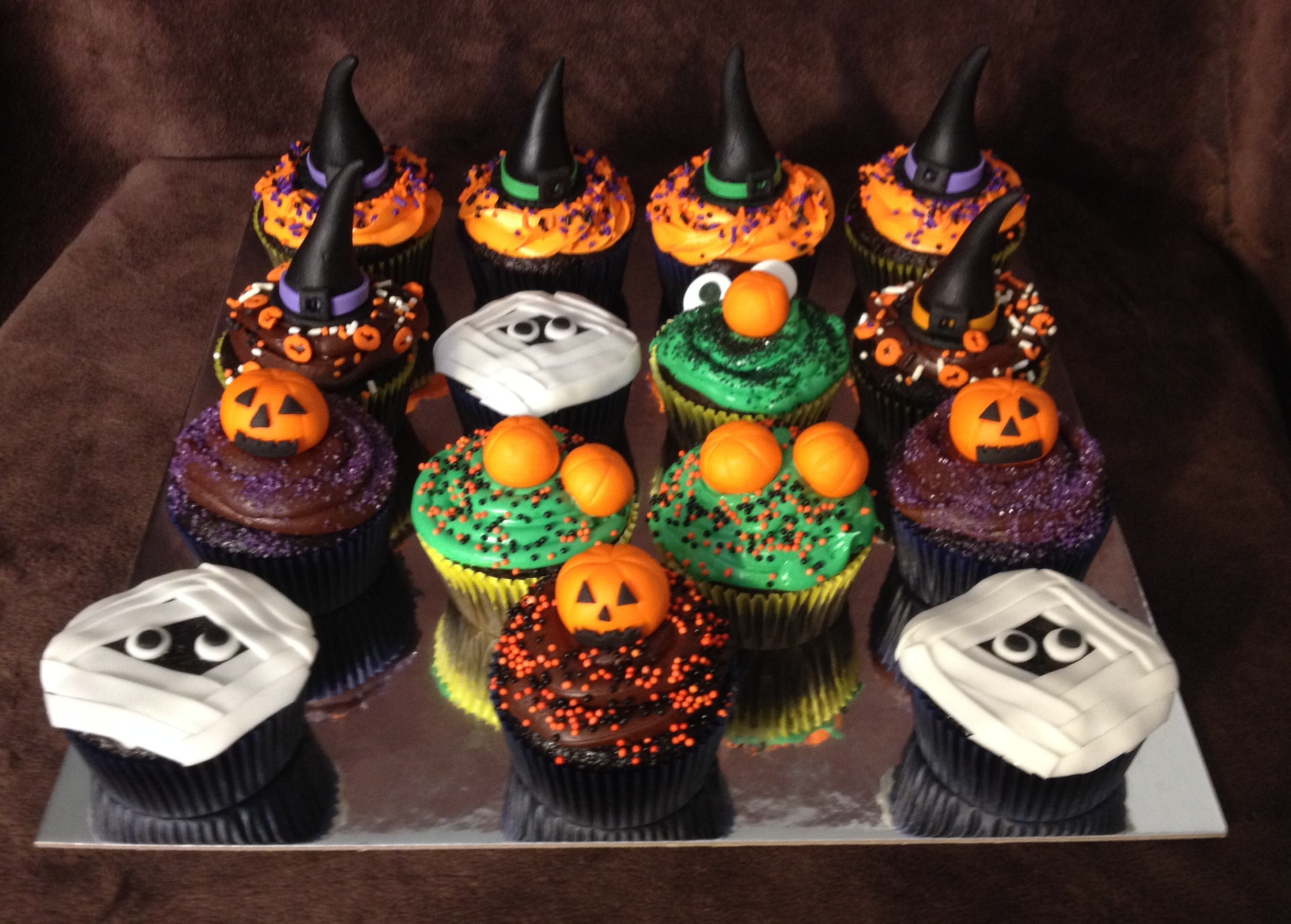 Halloween Cupcake Cakes  301 Moved Permanently