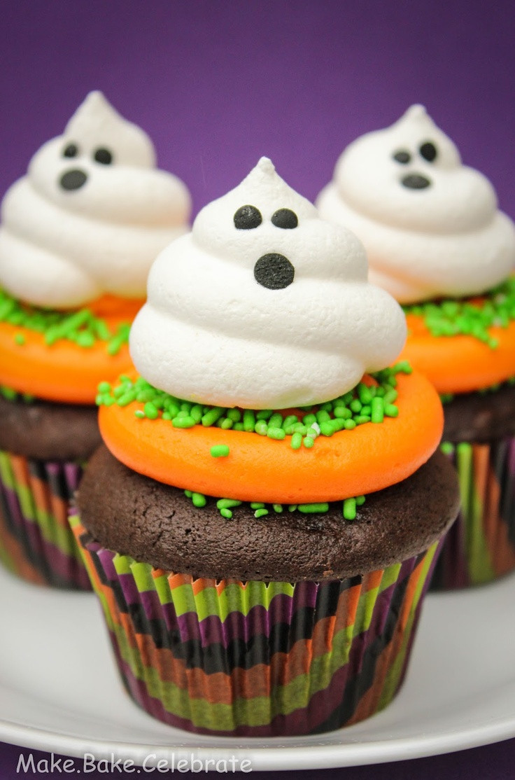 Halloween Cupcakes Cakes  Best 25 Ghost cupcakes ideas on Pinterest