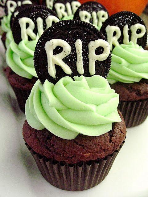 Halloween Cupcakes Cakes  Best 25 Halloween cupcakes ideas on Pinterest