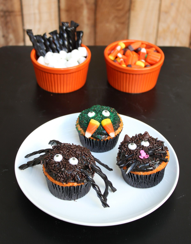 Halloween Cupcakes Decorations  Creepy Halloween Cupcakes