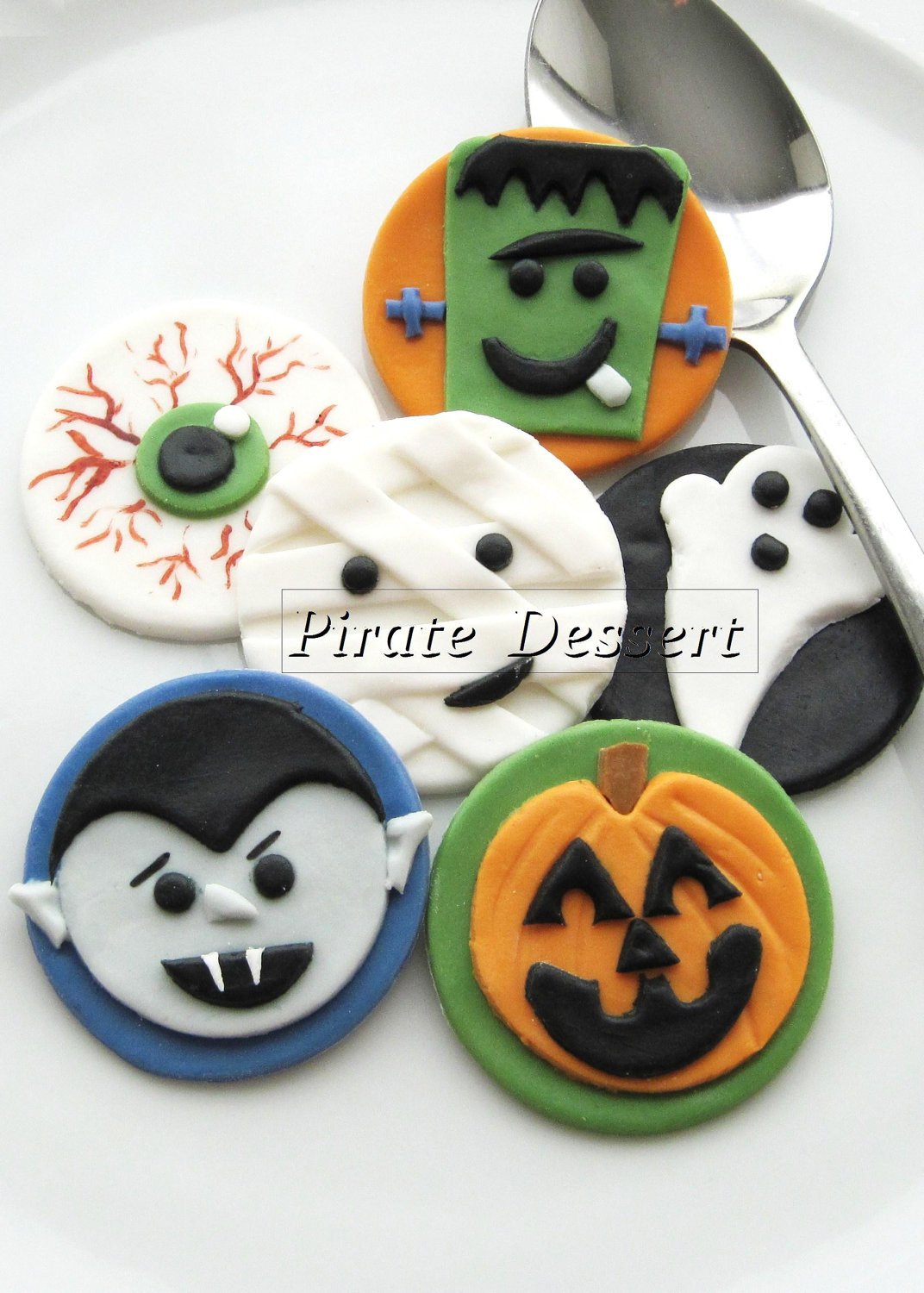 Halloween Cupcakes Decorations  Edible Halloween cupcake toppers MONSTERS Fondant cake