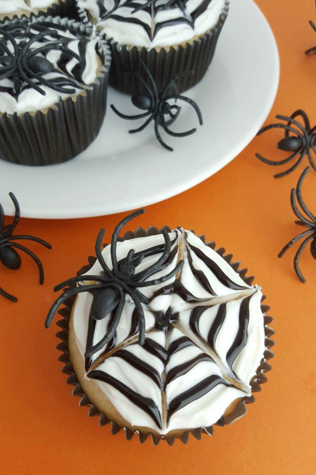 Halloween Cupcakes Designs  Spider Web Cupcakes Spaceships and Laser Beams
