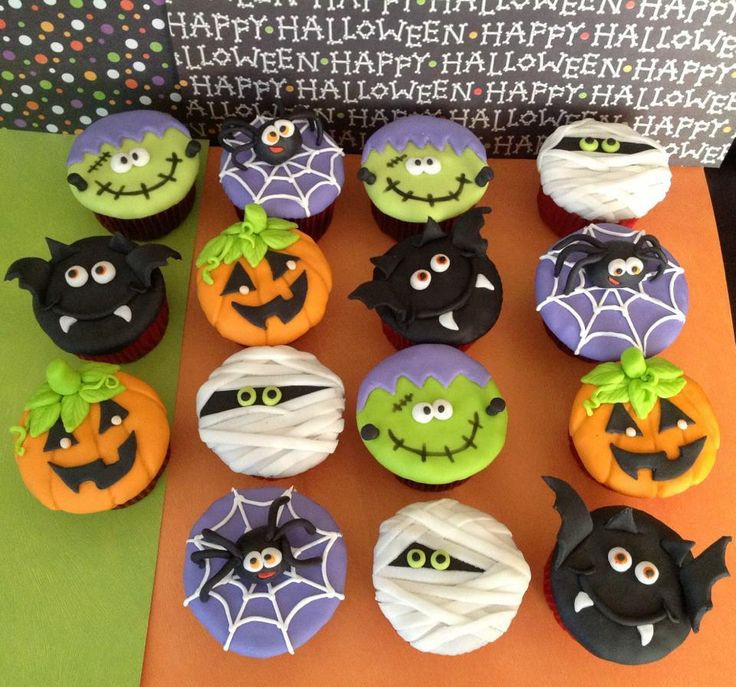 Halloween Cupcakes Toppers  Best 25 Halloween cupcakes ideas on Pinterest