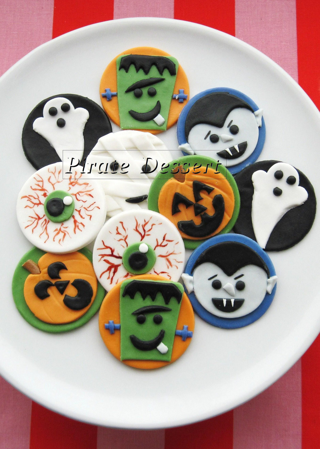 Halloween Cupcakes Toppers  Edible Halloween cupcake toppers MONSTERS by PirateDessert