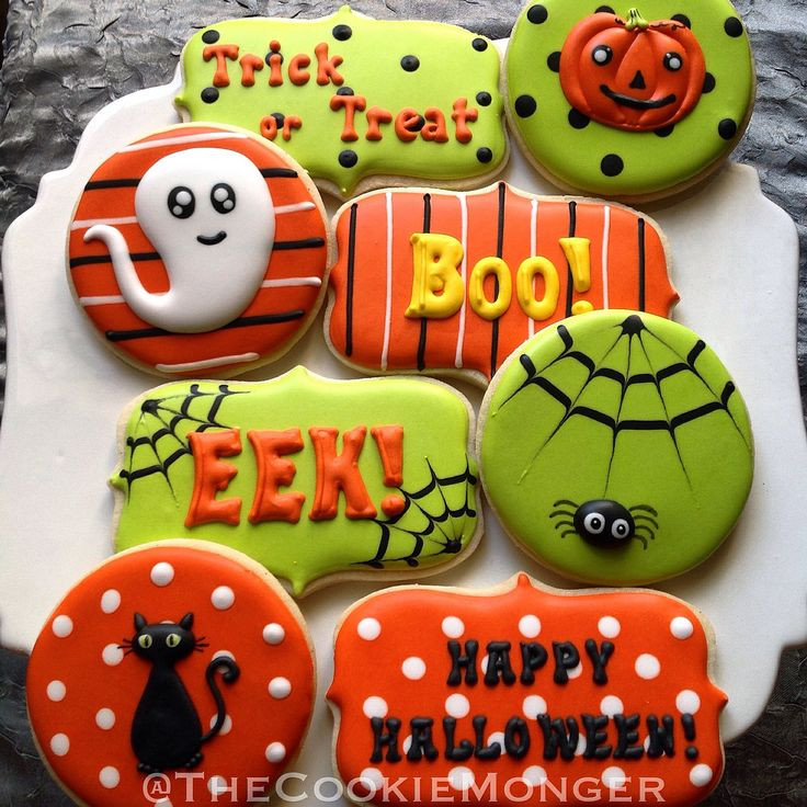Halloween Cutout Cookies  Best 25 Halloween sugar cookies ideas on Pinterest