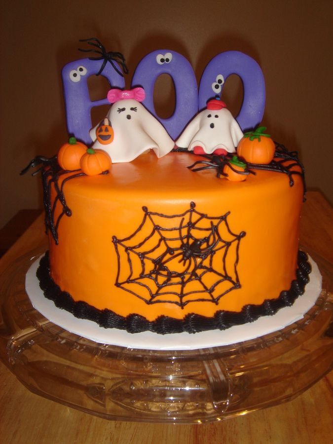 Halloween Decorated Cakes  Cute Halloween Cakes