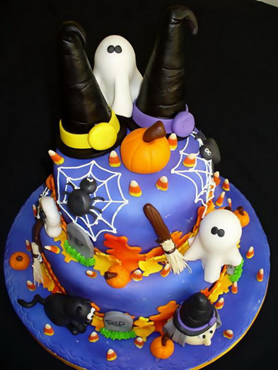 Halloween Decorated Cakes  Halloween Creative Cake Decorating Ideas family holiday