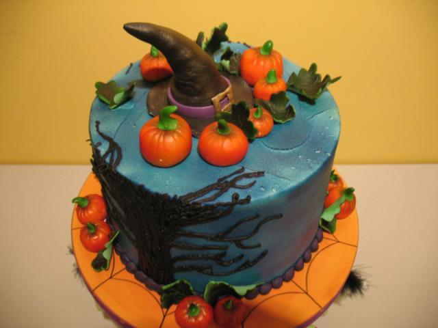 Halloween Decorated Cakes  Custom Decorated Halloween Cake MD