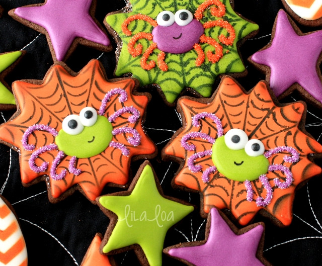 Halloween Decorated Sugar Cookies  How to Make Decorated Halloween Spider and Spiderweb