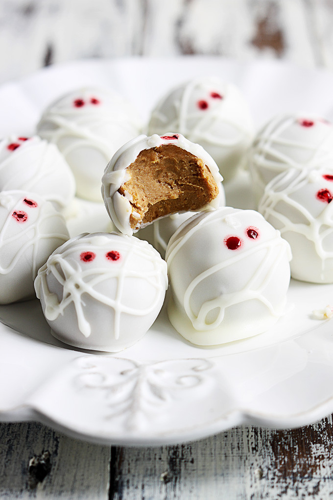 Halloween Dessert Recipes  13 Halloween Desserts To Die For Coldwell Banker Blue Matter