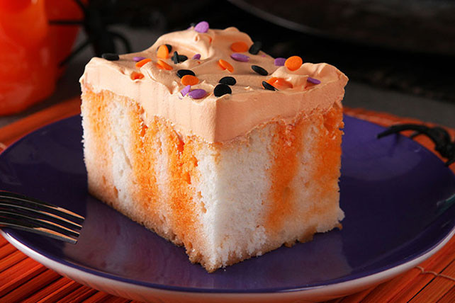 Halloween Dessert Recipes  Halloween Poke Cake Kraft Recipes