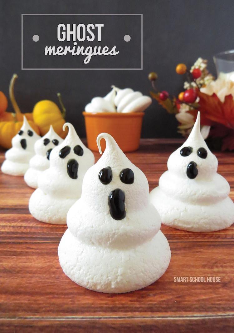 Halloween Desserts Easy  Ghost Meringues