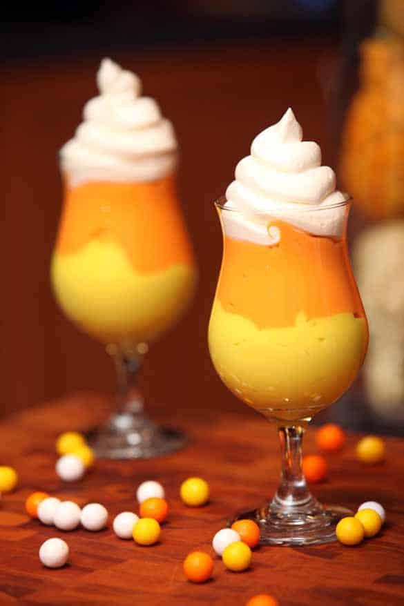 Halloween Desserts Easy  21 Amazing Halloween Treats Pretty Providence