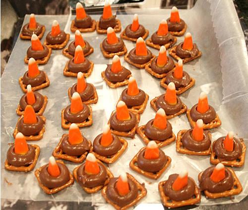 Halloween Desserts Easy  EASY HALLOWEEN TREATS Image King