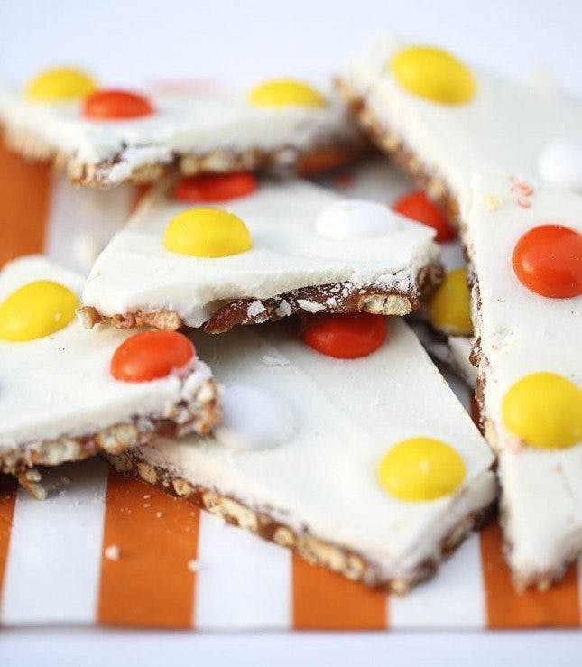 Halloween Desserts No Bake  50 Scarily Simple No Bake Halloween Treats