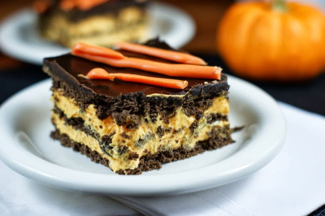 Halloween Desserts No Bake  Halloween No Bake Chocolate Eclair Dessert