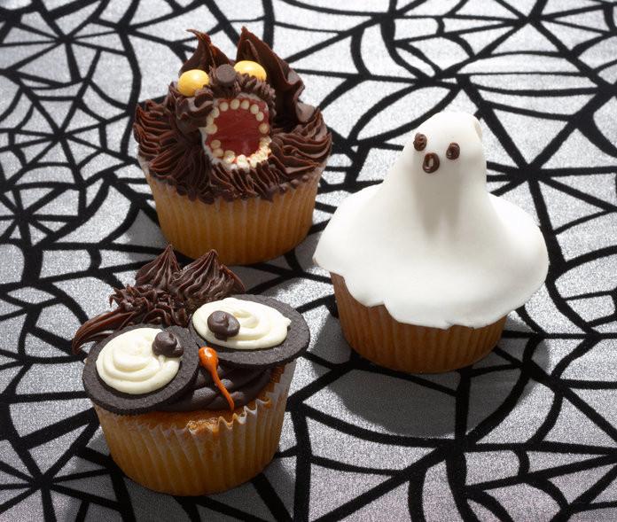 Halloween Desserts Pinterest  The Cutest DIY Halloween Treats