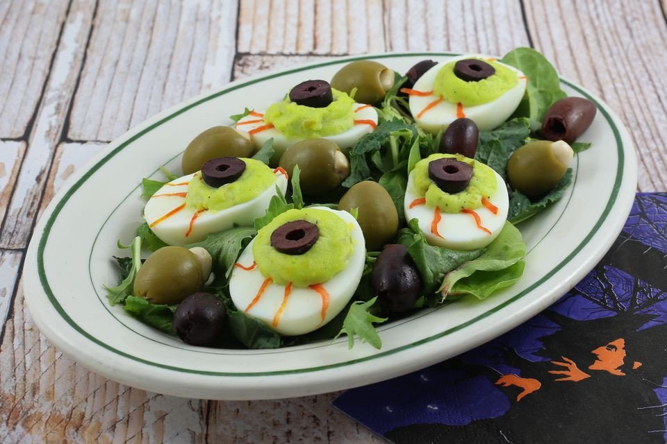 Halloween Deviled Eggs Recipes  Halloween Deviled Egg Eyeballs Recipe
