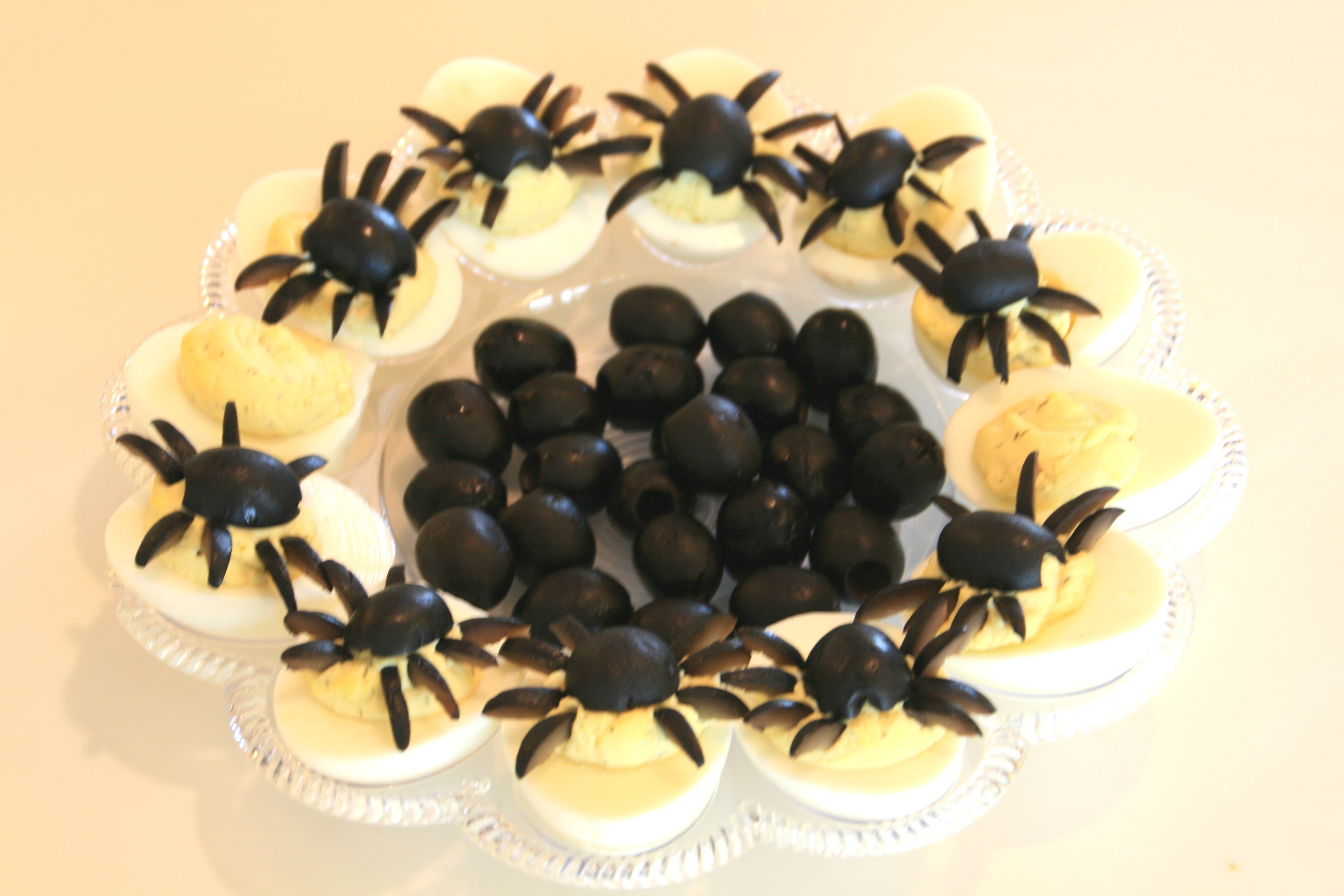 Halloween Deviled Eggs Spider  Deviled Spide Eggs for Halloween — Shockingly Delicious