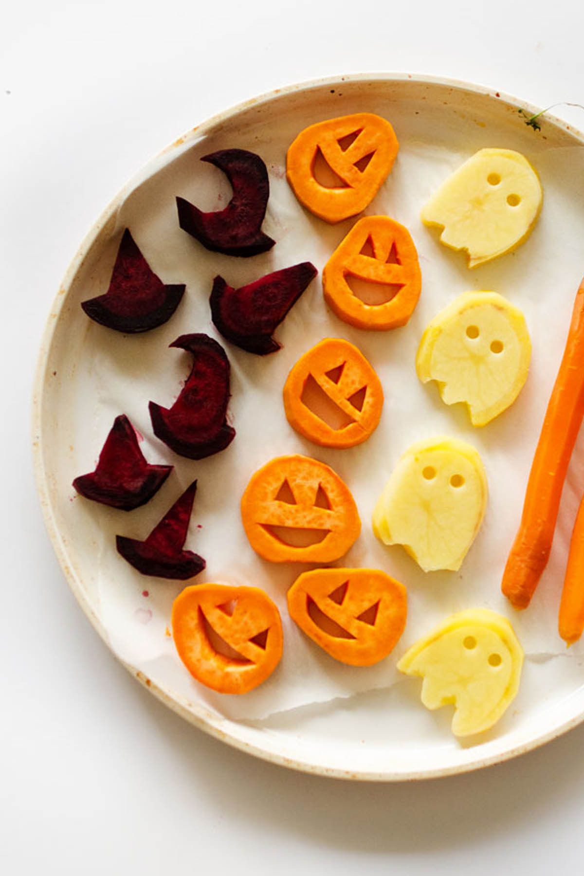 Halloween Dinner Recipes  25 Spooky Halloween Dinner Ideas Best Recipes for