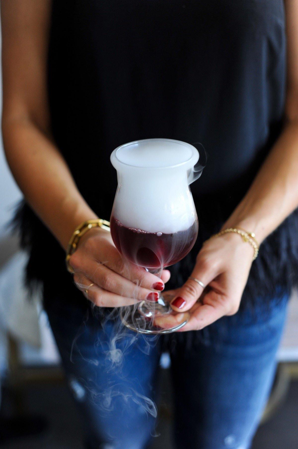 Halloween Drinks With Dry Ice  Halloween Cocktail Ideas My Style Vita